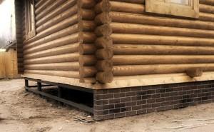 Фундамент для дома из бревен