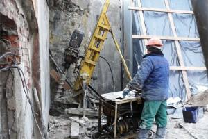 Укрепление подземной конструкции буроинъекционными сваями