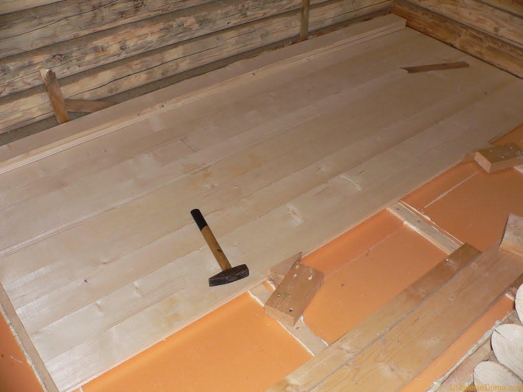 Ako zahriať podlahu v drevenom dome pod