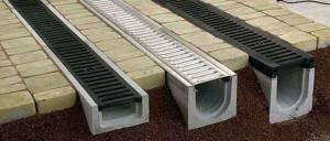 Достоинства и недостатки бетонных лотков