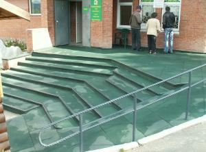 резиновое покрытие для крыльца на улице