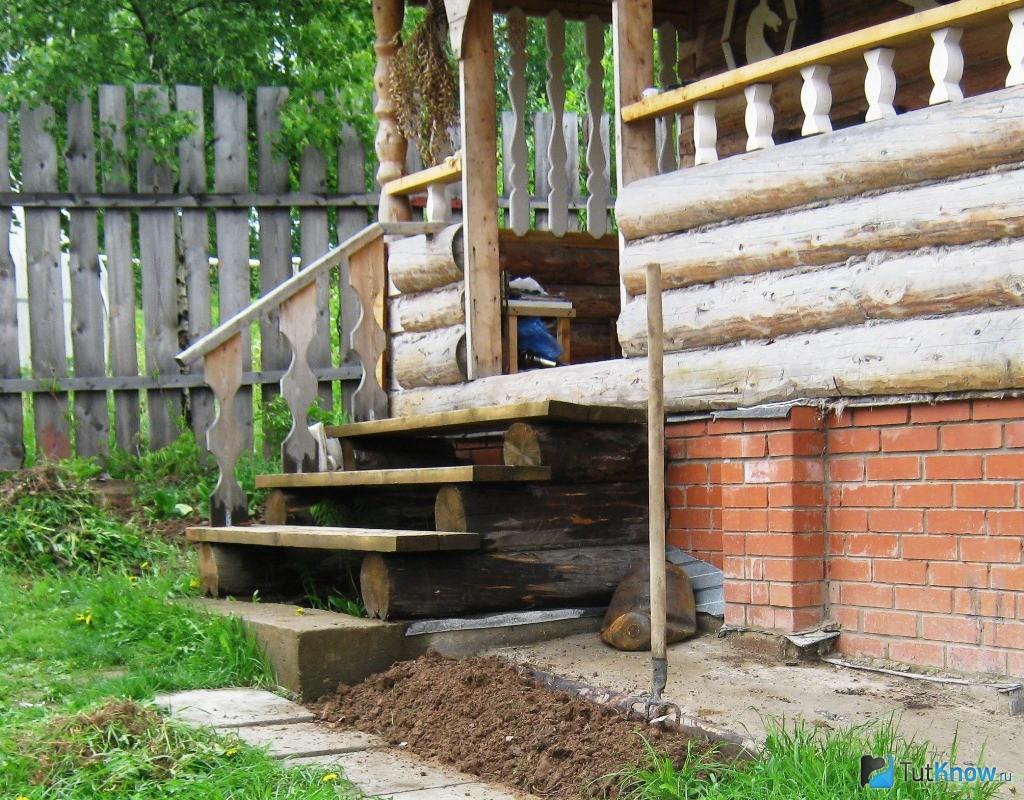 Как построить крылечко на даче