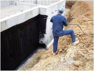 Как делается гидроизоляции фундамента жидкой резиной