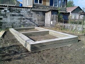 залить фундамент для бани из блоков
