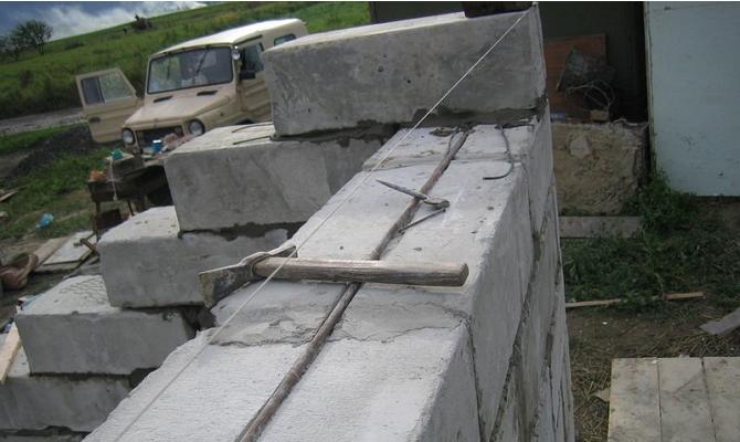 Фундамент для гаража из пеноблока 121