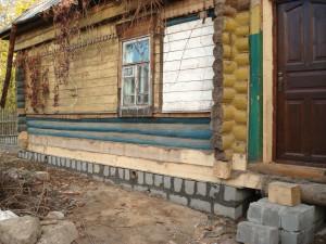 ремонт и укрепление фундамента старого деревянного дома