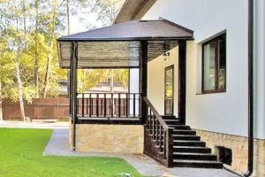 Как построить закрытое крыльцо к частному дому
